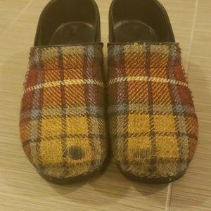 Dansko Shoes - Dansko plaid clogs